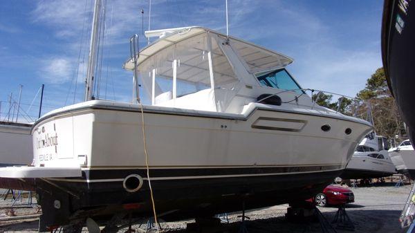 Tiara Yachts 3700 Open