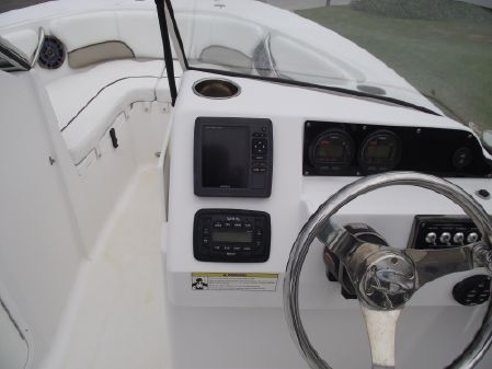 Sportsman Discovery 210 DC image
