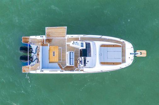 Beneteau America Flyer 9 Sundeck image