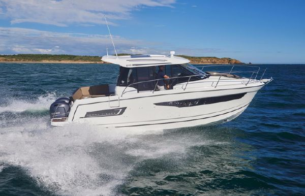 2017 Jeanneau Merry Fisher 895