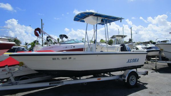ANSWER MARINE 19 Center Console