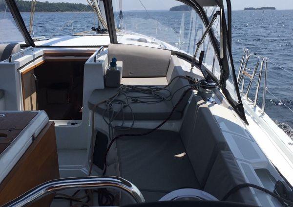 Jeanneau 51 Yacht image