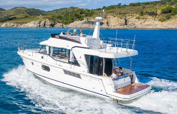 2021 Beneteau America Swift Trawler 41 Fly