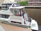 Carver 400 Cockpit Motor Yachtimage