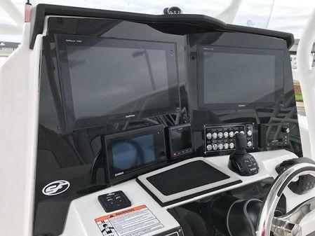 Sea Fox 328 Commander image