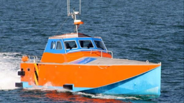 Crew Boat (Multi-Purpose usage) Super Fast Crew Boat - Underway