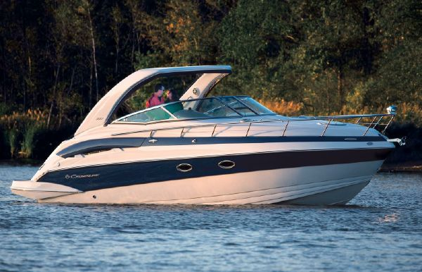 2017 Crownline 330 SY