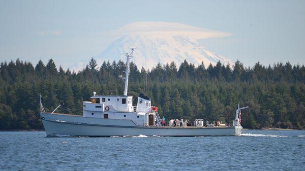 Bellingham Shipyard Minesweeper Cruising