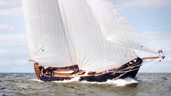 Dutch Leeboard Yacht Schokker Pattimura