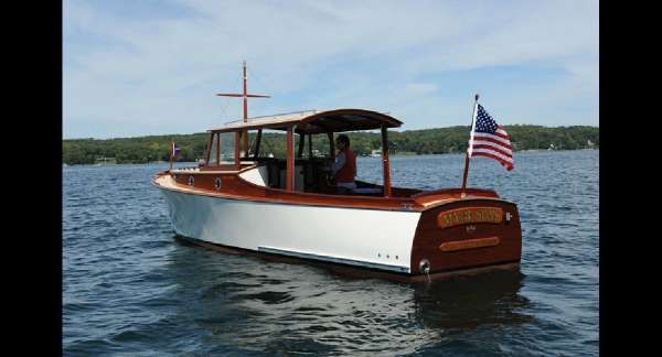 Other Van Dam - Trunk Cabin Day Cruiser
