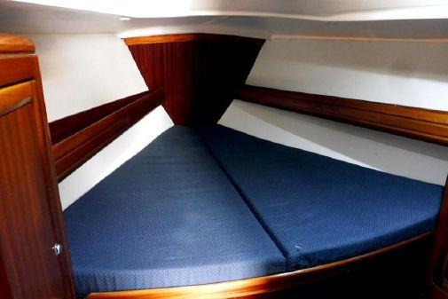 Bavaria 37 Cruiser image