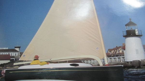 Alerion Cat Boat Close Aboard