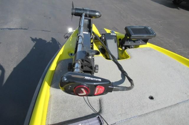 2008 Sabre FTD Poles or Talons ? - Bass Cat Boats