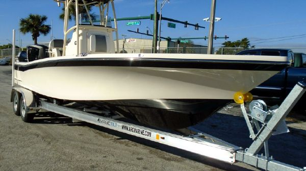 BlackJack 256CC w/ Evinrude E-TEC G2 300hp Outboard Motor