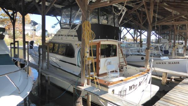 Egg Harbor 37 FT Sport Yacht (MUST SEE!!)