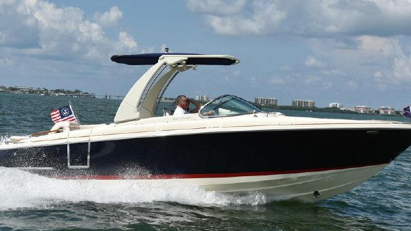 Chris-Craft Launch 28GT